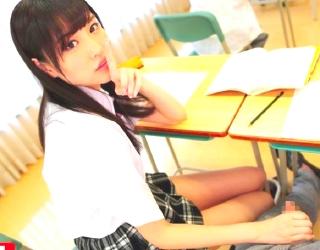 【橋本ありな】風紀委員美少女が教室で同級生男2人と3Pしてる件w