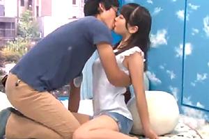 【マジックミラー号】日本のAV業界が誇る車の中で見知らぬ男女が公開お見合い!そのままセックスするまでの一部始終