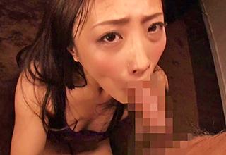 【神納花】口内射精も平気だけど顔射したい男のために、顔中にぶっかけられたザーメンを掻き集めて結局飲むビッチw