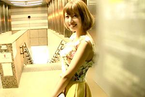 【望月あられ】田舎育ちの超美人女子大生が東京デビューでハメ撮りデビューwww