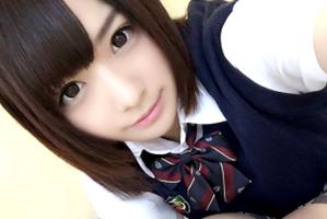 【成海うるみ】激カワ女子校生に無許可で中出し!若い身体を制服姿のままハメ撮り