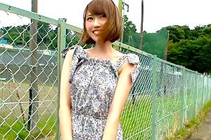 望月あられ 東京に憧れる田舎育ちの女子大生が上京としていきなりAVデビュー!
