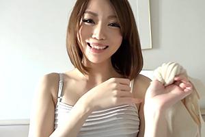 【素人ナンパ】築地で見つけた雪のように白い肌の人妻をホテル連れ込み!