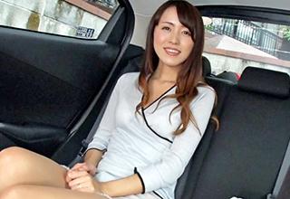 めちゃめちゃ美人な奥さんをナンパして車の中で愛撫、ホテルに移動して若干のSMプレイをしてみると本性が爆発する!