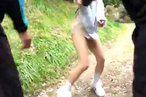 これは悲惨…部活帰りの女子校生を山林で集団レイプ!