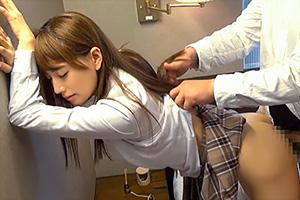【初川みなみ】おじさん大好き!美人な女子校生との円光リアルドキュメント